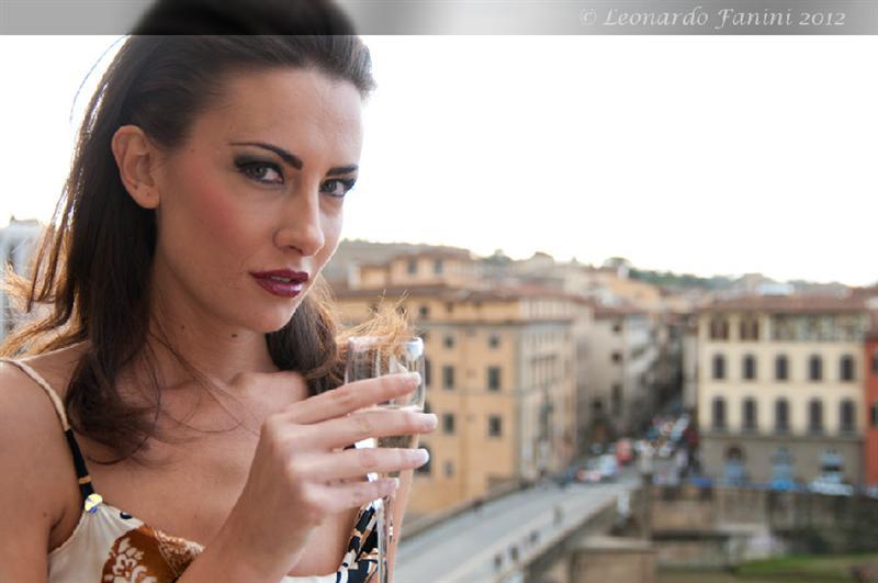 Dal servizio per Giulia con lo sfondo di Firenze