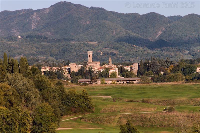 panorama di Scarperia e il suo castello